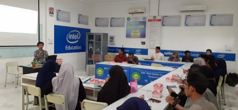Pelatihan E-Learning Bagi guru-guru di Kota Banjarmasin